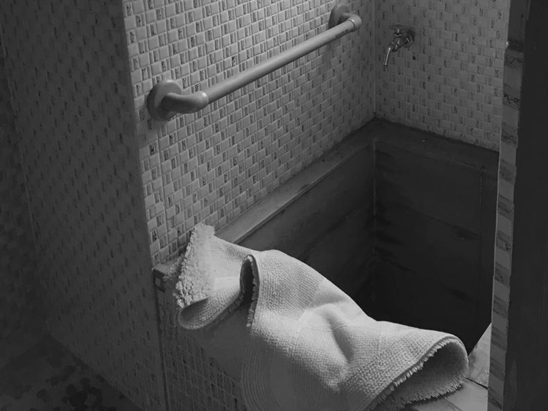 下諏訪町高浜浴室